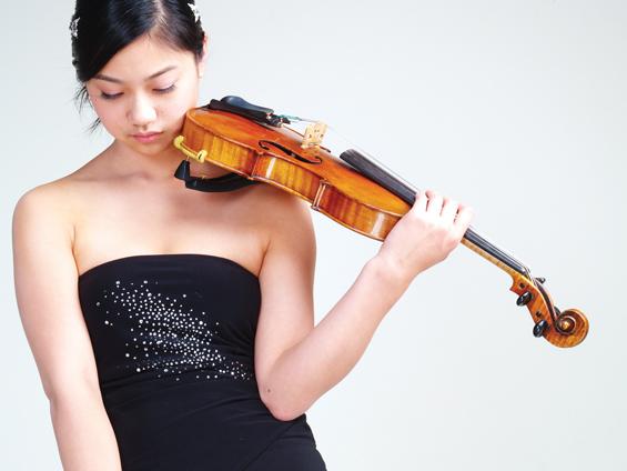Natalie Lin - YTAMC 2009 Division Winner - Strings